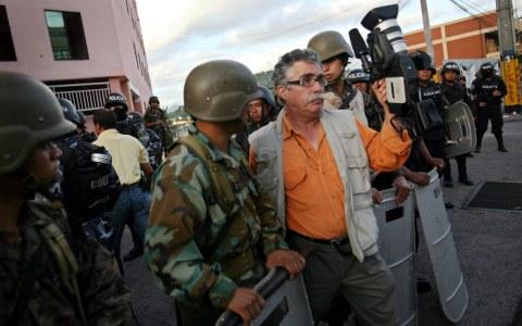 cierran Radio Globo y Canal 36 en Honduras