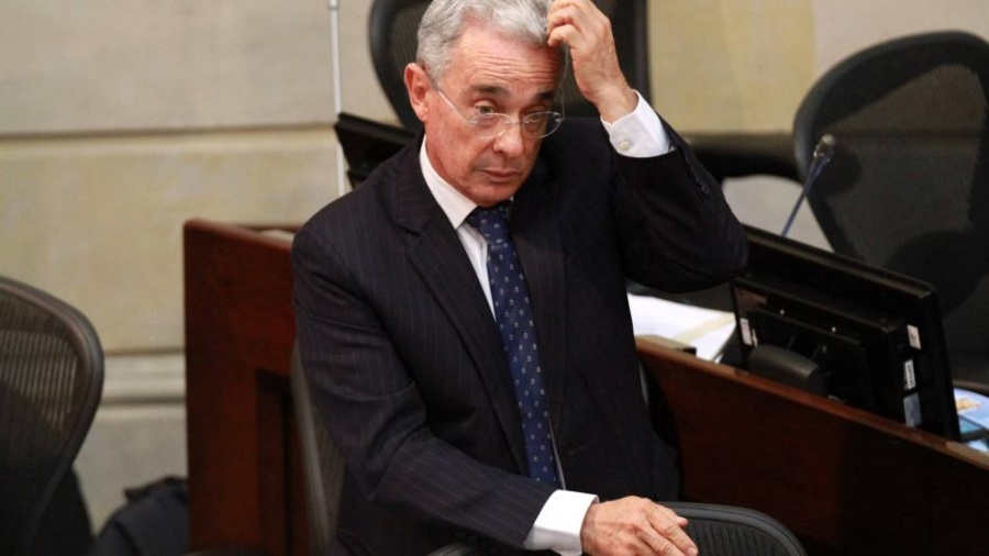 COLOMBIA. Corte Suprema ordena detención de Álvaro Uribe